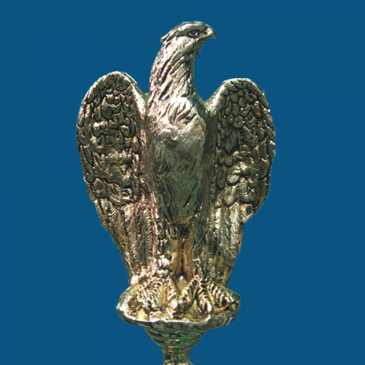 Águila cara